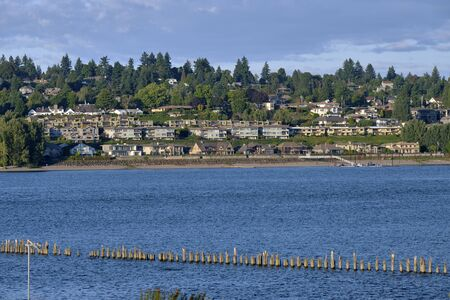 Vancouver Washington houses and large mansions and the Columbia river.