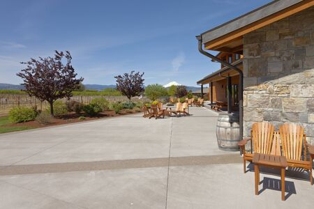 Wine tasting place and farm in Hood River Oregon.