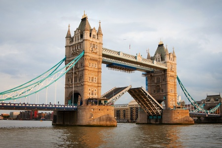 London Tower Bridge with open gates at sunset Archivio Fotografico