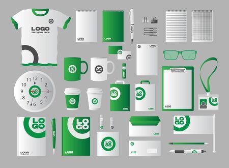 Identyfikacja wizualna firm papeterii zestaw realistycznych zielonych Ilustracje wektorowe