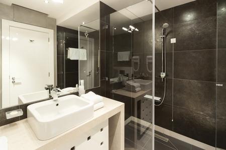piastrelle bagno: Moderno bagno interno Archivio Fotografico
