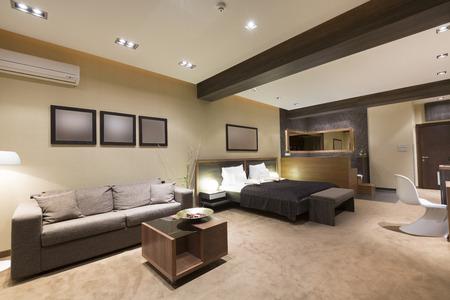 Luxe Slaapkamer Interieur : Luxe interieur van een vintage stijl slaapkamer royalty vrije foto