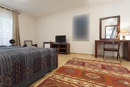 Geräumiges Schlafzimmer Innen Standard-Bild - 37554761