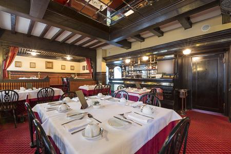 Rustic restaurant interior Stockfoto