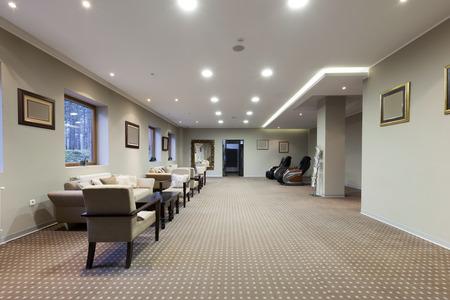 エレガントなホテルのロビー