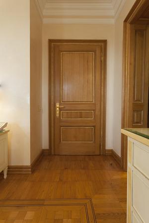 luxury hotel room: Luxury hotel room entrance hall