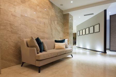 Elegant luxury hotel corridor Standard-Bild