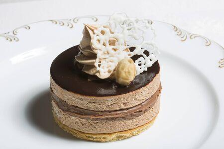 gateau chocolat: Stylish chocolate cake
