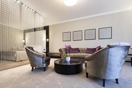 Spacious luxury hotel room interior Stockfoto