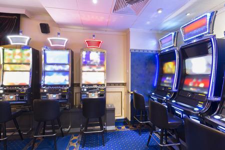 tragamonedas: Las m�quinas tragamonedas en el casino Foto de archivo