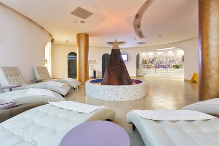 hotel resort: Modern spa room