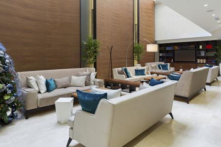 Moderne luxe hotel lobby Stockfoto - 46399907