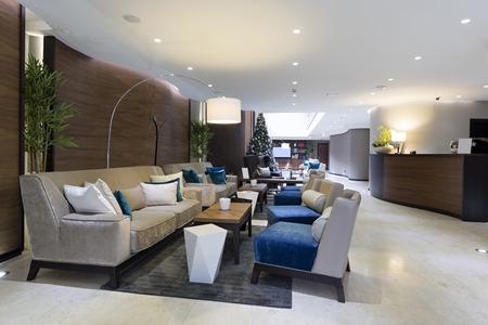 モダンで豪華なホテルのロビー