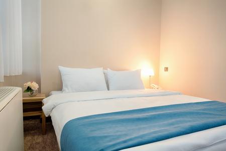 hotel bedroom: Elegant hotel bedroom interior