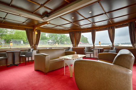 dinner cruise: Interior of a luxury cruise boat