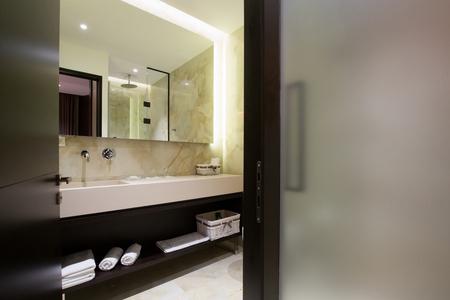 luxury bathroom: Modern luxury hotel bathroom interior