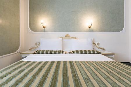luxury hotel room: Interior of luxury double bed hotel room