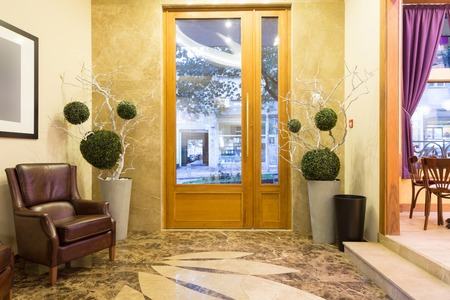 Hotel Entrance Lobby Design Stock Photo, Picture And Royalty Free ...