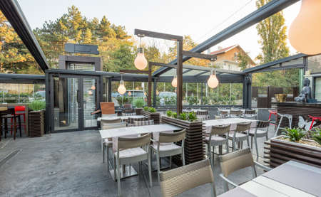 Restaurant with large open garden interior