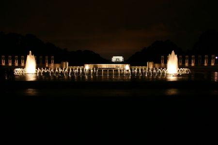 Washington DC memorials at night: Lincoln memorial and World War II memorial