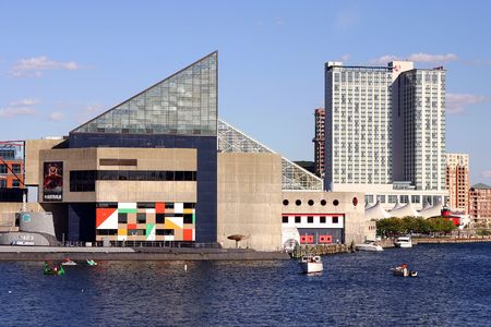acquarium: Buildings in downtown Baltimore, on the inner harbor, including their famous acquarium Stock Photo