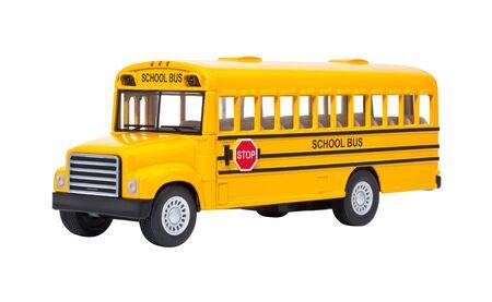 autobus escolar: Bus de juguete escuela aislado en un fondo blanco