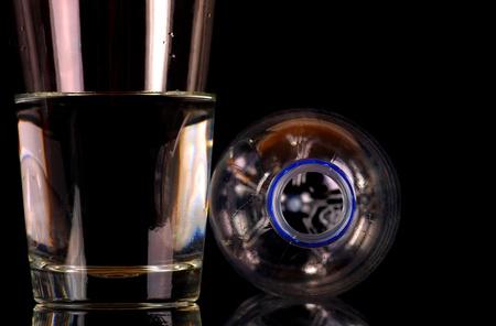 물과 병 스톡 콘텐츠 - 11000986