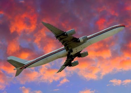 jetliner: Modern Jetliner departing into the friendly skies Stock Photo