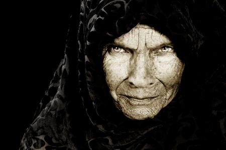 bruja: Imagen impactante retrato de una campesina rusa