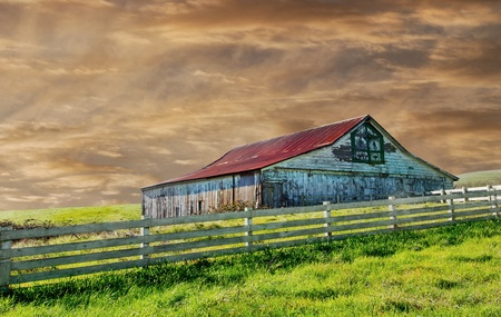 farmhouses: Beautiful Image of a vintage barn in the country
