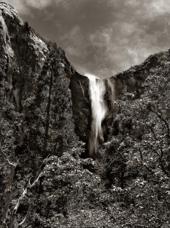 bridalveil fall: Nice Black and white dramatic image of bridalveil Fall