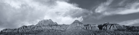 iron oxide: Beautiful panorama of the red Rock mountains in nevada Stock Photo