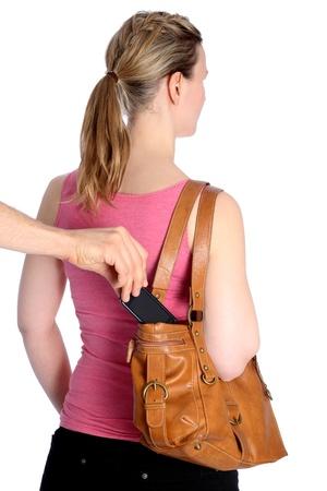 delincuencia: El hurto de un bolso de mano