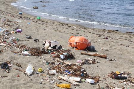 Trash on beach in Japan Stok Fotoğraf