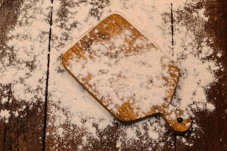 white flour: desk of white flour