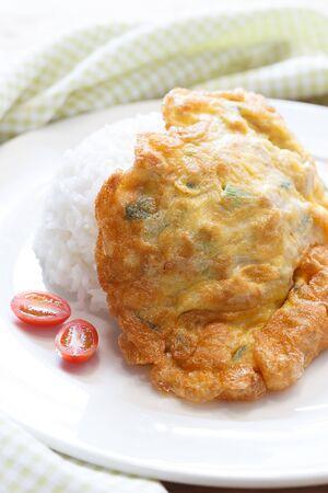 Omelet op rijst