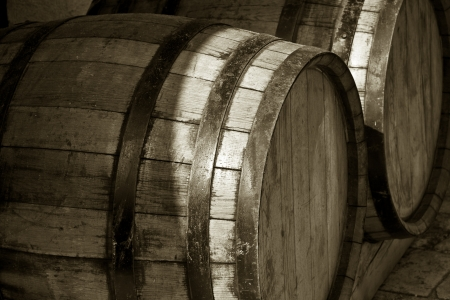 Close-up photo of large wine or beer tuns  Stockfoto