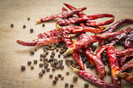 black pepper: Dried chili peppers and black pepper