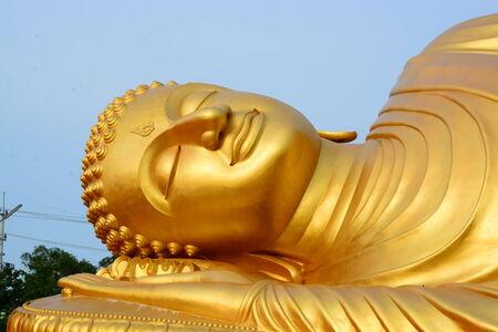 Buddha gold statue photo