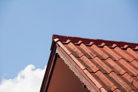 roof ridge: House Roof Stock Photo