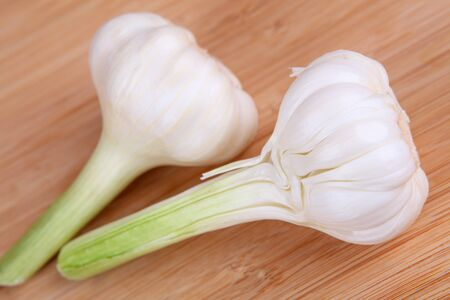 bulb and stem vegetables: garlics
