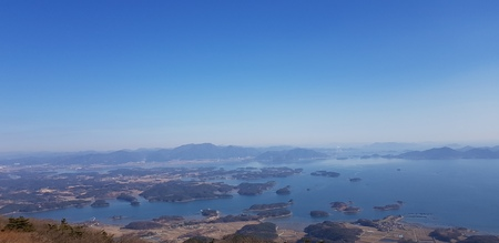 look at the Island from the top of a mountain Reklamní fotografie