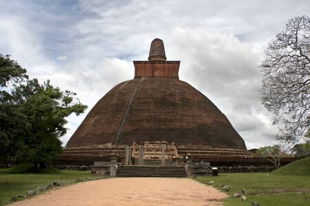 anuradhapura: Jetavana Dagoba, Anuradhapura, the largest brick-built monument in the world, built in the 3rd century AD. Giant stupa in the ancient first capital of Sri Lanka.