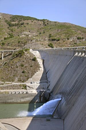 Rules Dam & Reservoir, Velez de Banaudalla, Granada, Andalucía, Spain Stock Photo - 12235535