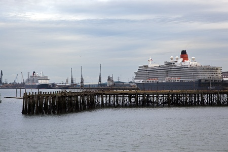 Southampton uk 5 june cunard ships queen mary 2 queen victoria southampton uk 5 june cunard ships queen mary 2 queen victoria meet m4hsunfo