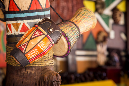 Traditional handmade drums for sale at Lesedi Cultural Village, South Africa, 스톡 콘텐츠