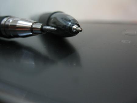 ペンと鉛筆