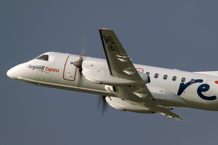 Melbourne, Australia - November 10, 2011: Regional Express (REX) Airlines Saab 340B VH-ZRC taking off from Melbourne International Airport. 写真素材 - 98564382