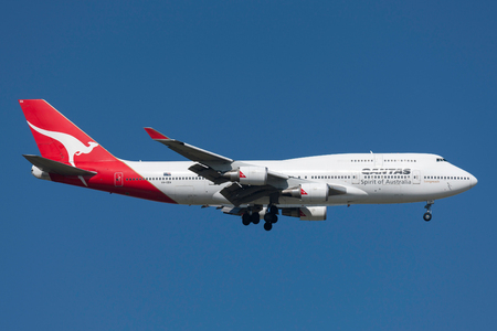 Melbourne, Australia - September 28, 2011: Qantas Boeing 747-438/ER VH-OEH on approach to land at Melbourne International Airport. Editöryel