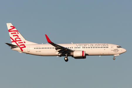 Melbourne, Australia - September 25, 2011: Virgin Australia Airlines Boeing 737-8FE VH-YFF on approach to land at Melbourne International Airport. Banco de Imagens - 98564447